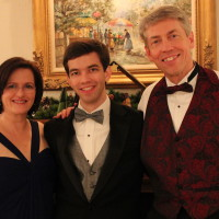 Kim, Matthew & Monte VInes